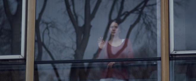 Joséphine Japy in Mélanie Laurent's 'Respire' (2014)