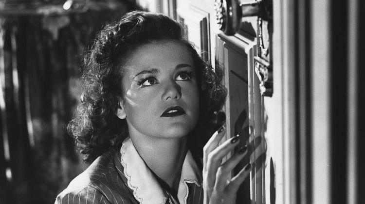 cat-people-one