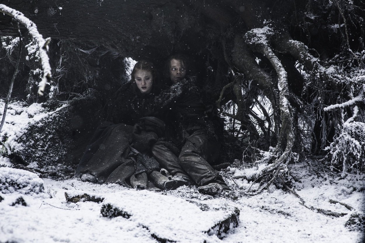 hbo-game-of-thrones-the-red-woman-three